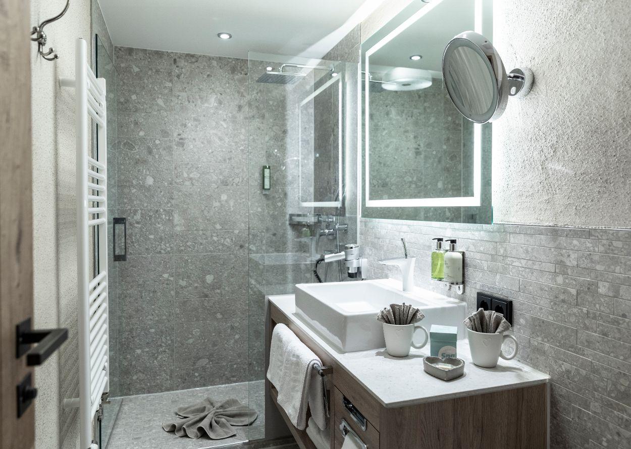 ZiNr_3_Hotel_Engel_0046.jpg
