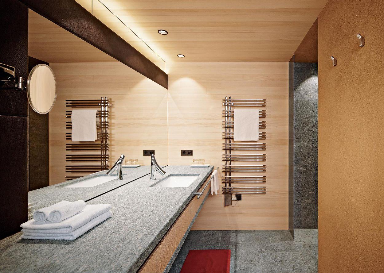Doppelzimmer _Naturkraft_ im Best Alpine Wellnesshotel Warther Hof.jpg
