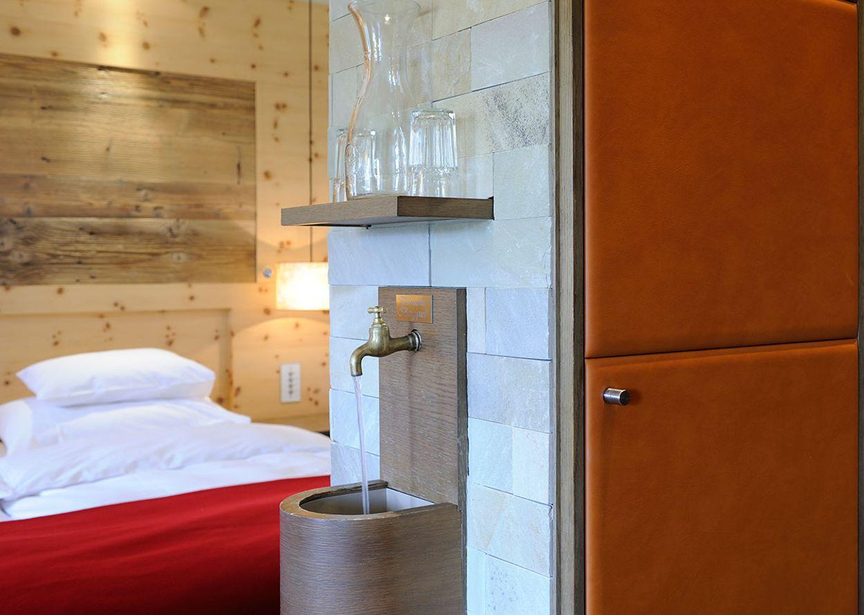 hotel-hochschober-komfort-2-3-seen-zimmer-1-1200x900.jpg