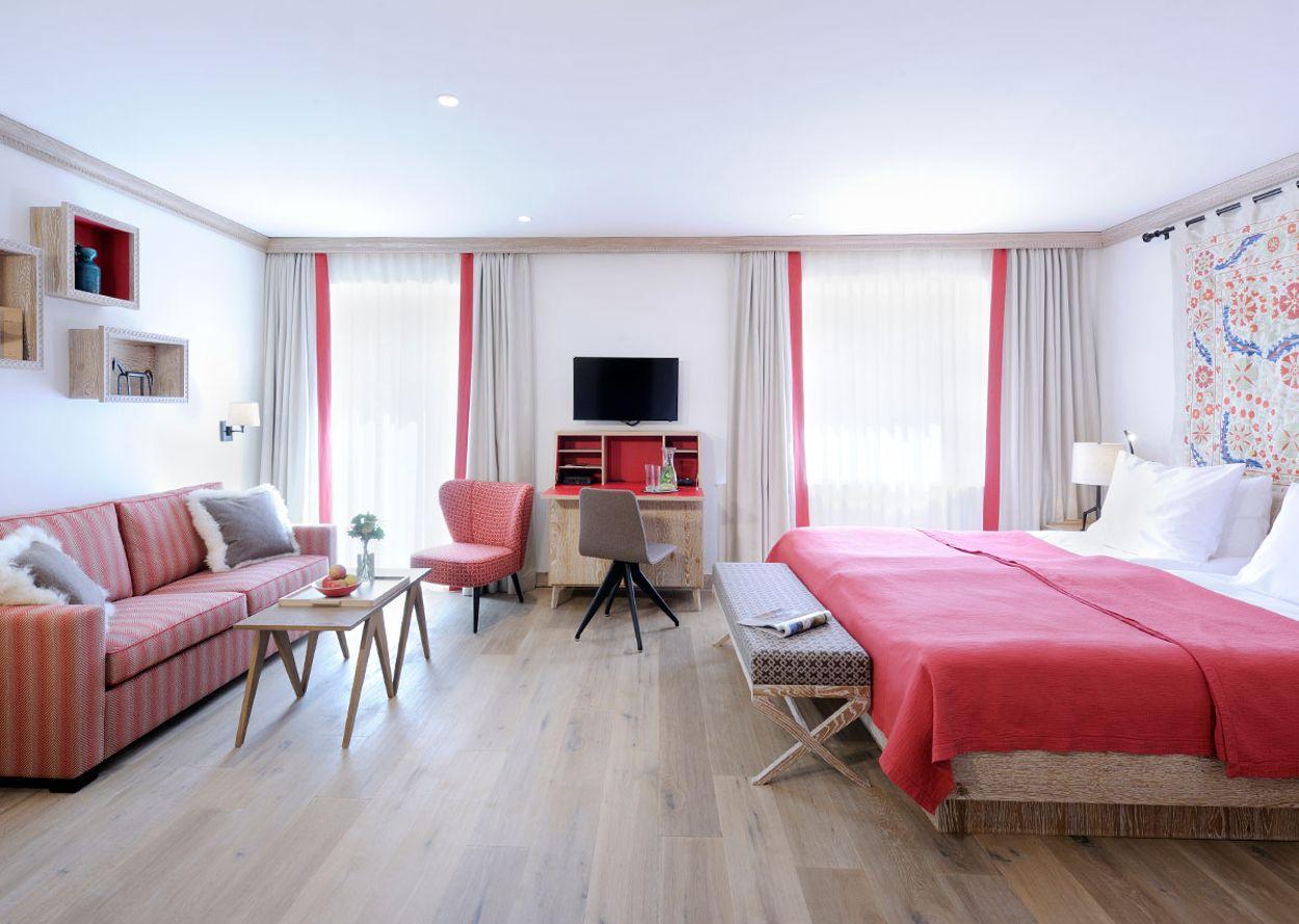 hotel-hochschober-superior-3-stammhaus-zimmer-1-1200x900.jpg