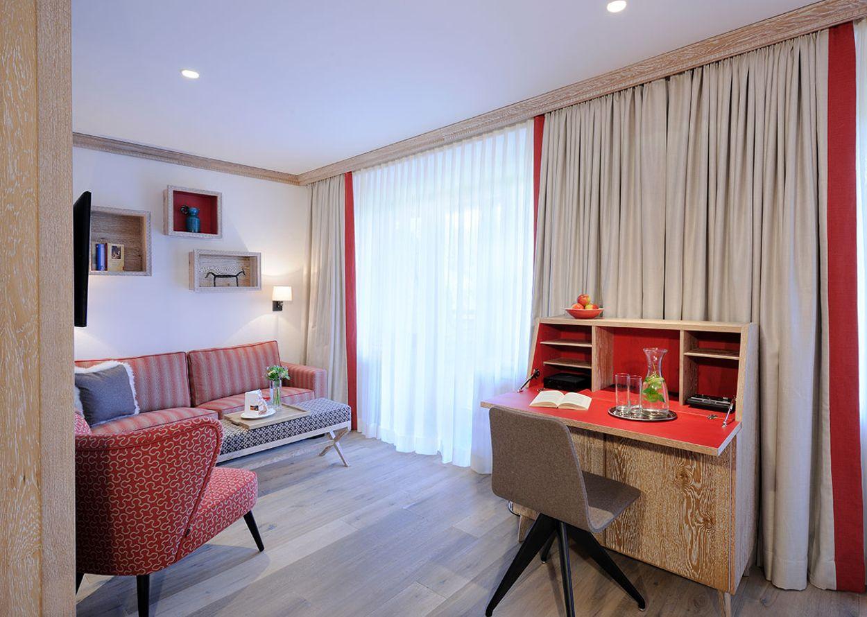 hotel-hochschober-superior-3-stammhaus-zimmer-3-1200x900.jpg