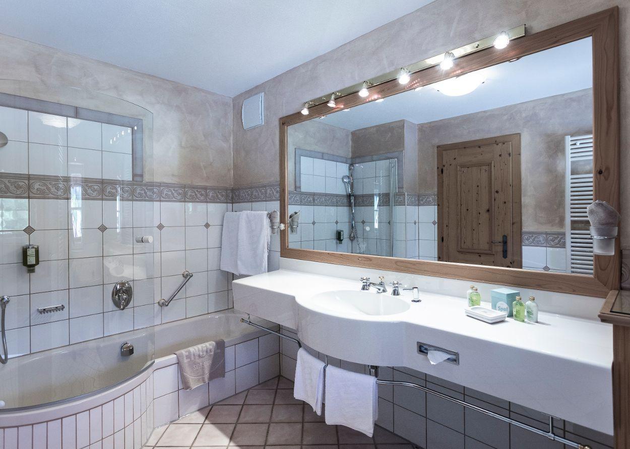 ZiNr_210_Hotel_Engel_0057.jpg