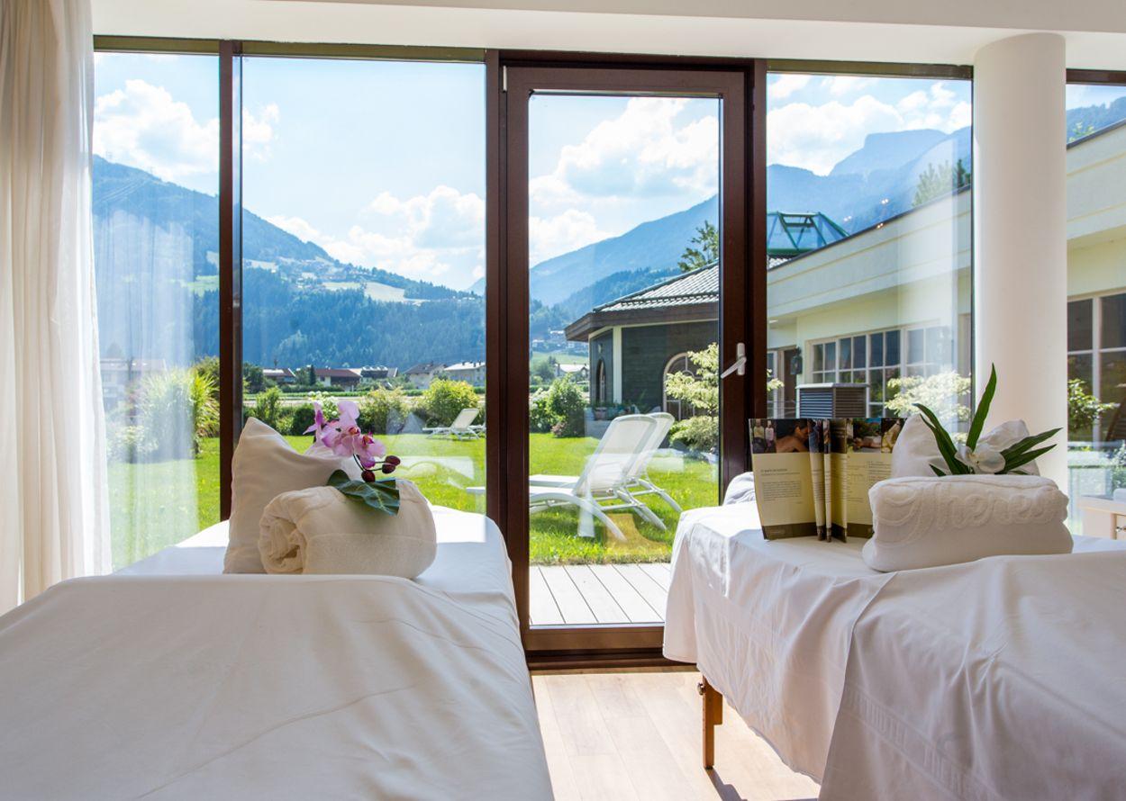 hotel_theresa_2014_tag_2_danielzangerl_web (136 von 136).jpg